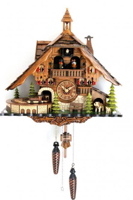 Schwarzwaldhaus mit Musik Eisenbahn